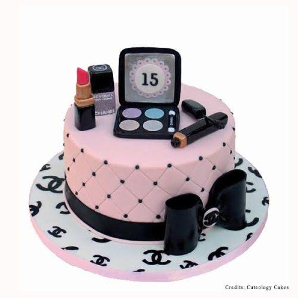 Chanel Makeup Kit Cake Pune