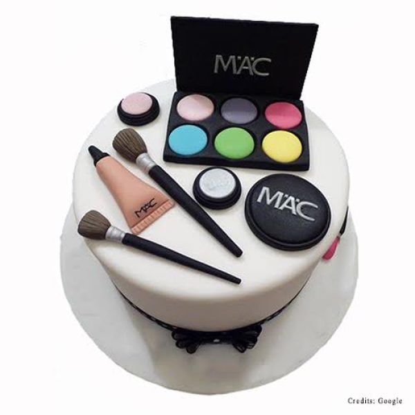 Mac Makeup Kit Cake Pune
