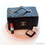 Makeup Kit Cake pune