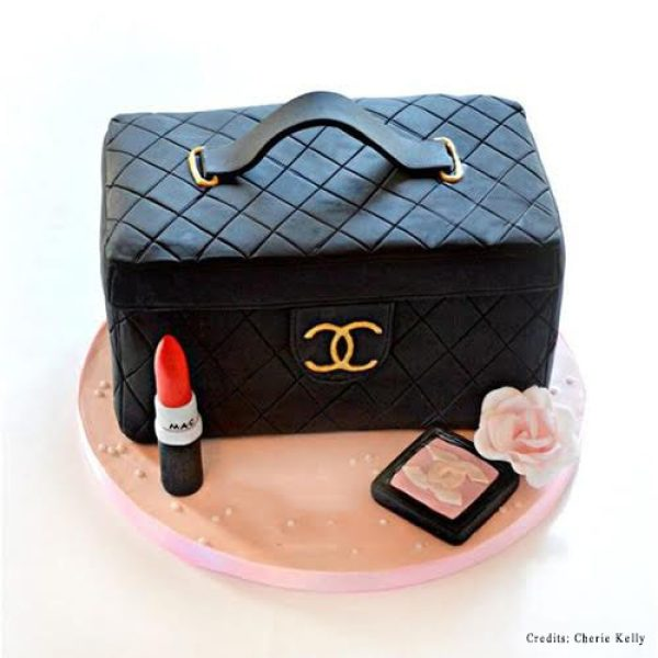 Makeup Kit Cake pune