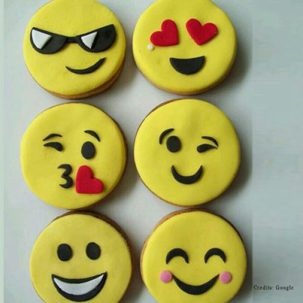 Cute Emoji Cupcakes pune