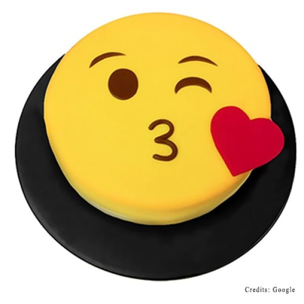 Kissing Face Emoji Cake Best Cakes In Pune Adult Cakes