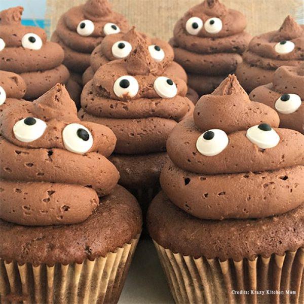 Poop Emoji Cupcakes pune