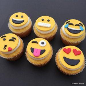 Popular Emoji Cupcakes pune